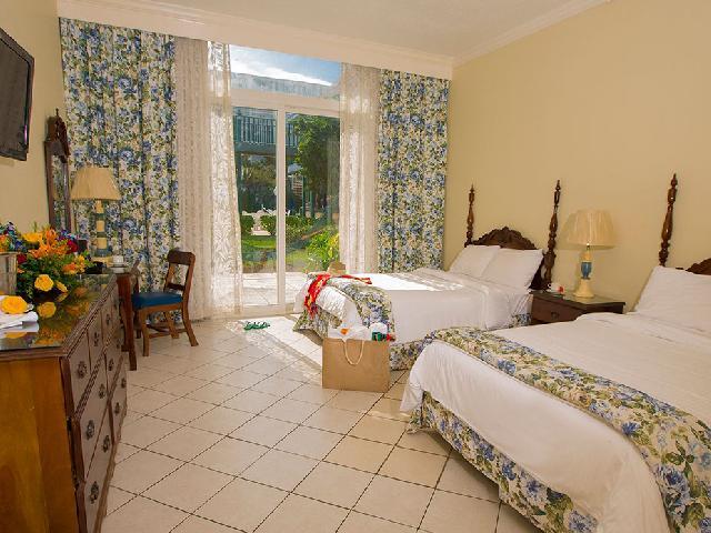 Classic Gardenview - Breezes Bahamas
