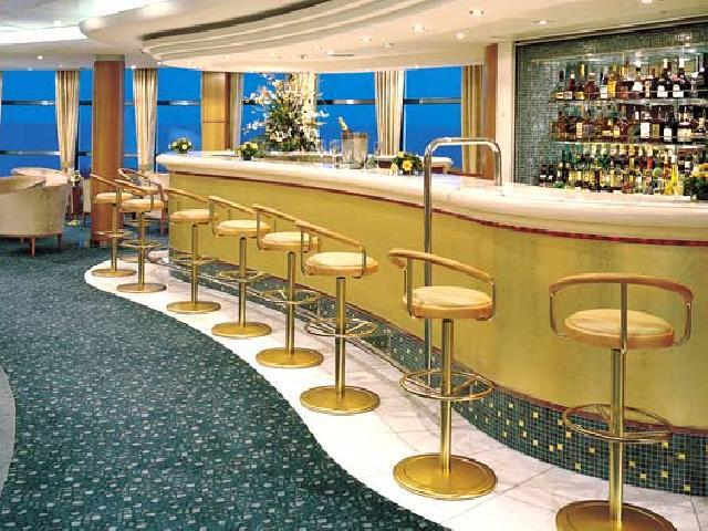 Norwegian Sky - Atrium Cafe and Bar