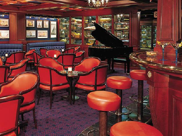 Norwegian Sky - Captain Cook's Bar