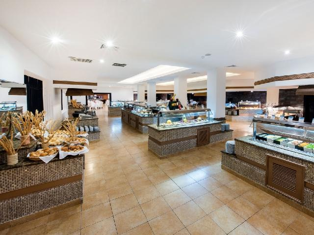 Occidental Punta Cana - El Alcázar Buffet