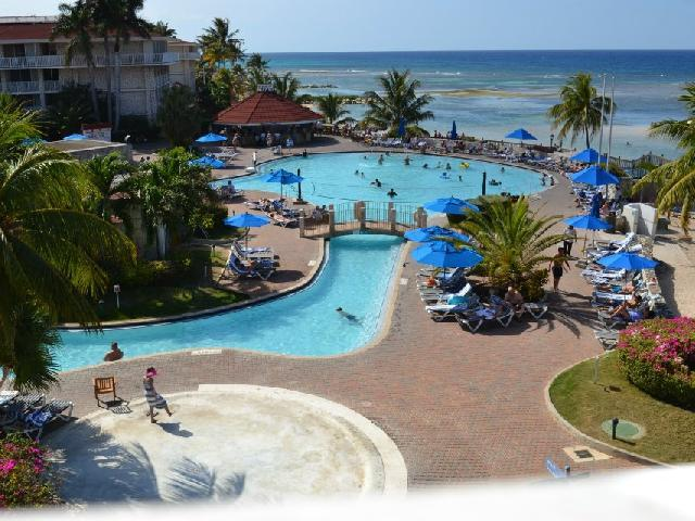 Holiday Inn Sunspree Resort -