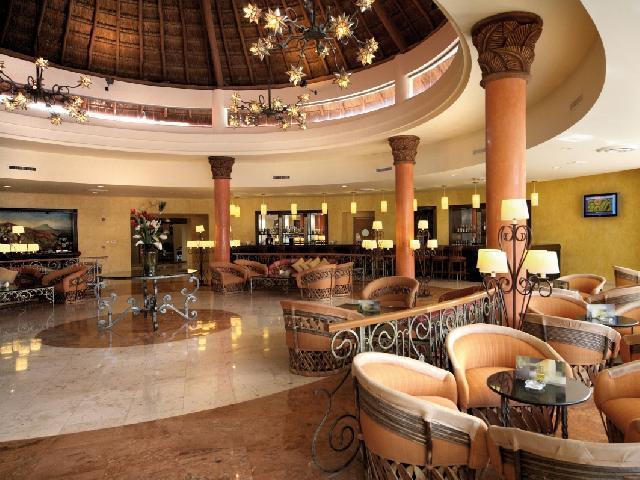 Barcelo Maya Tropical Col Beach    - Lobby Bar
