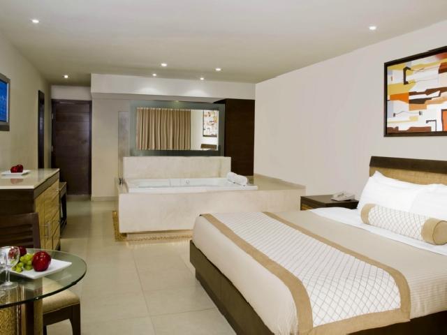 Deluxe Resort View - Hard Rock Cancun