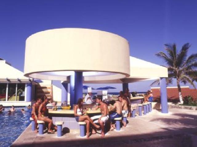 Solymar Beach Resort - El Isleno Bar