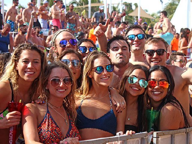 Spring Break Oasis Beach Club - Cancun, Mexico