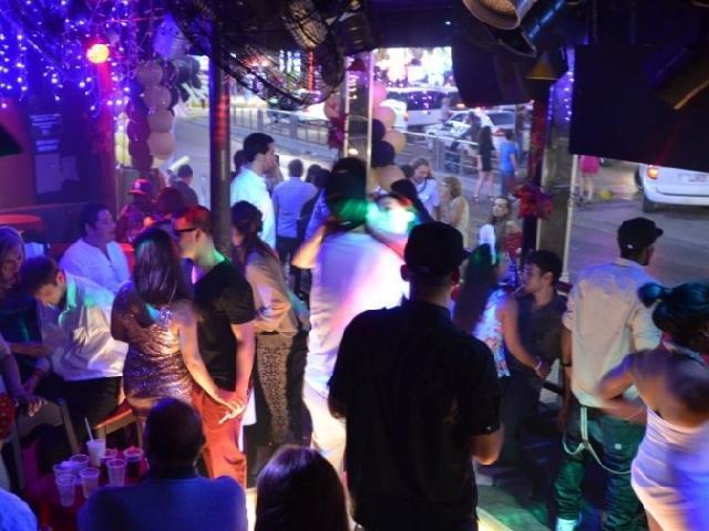 Spring Break XX Bar - Cancun, Mexico