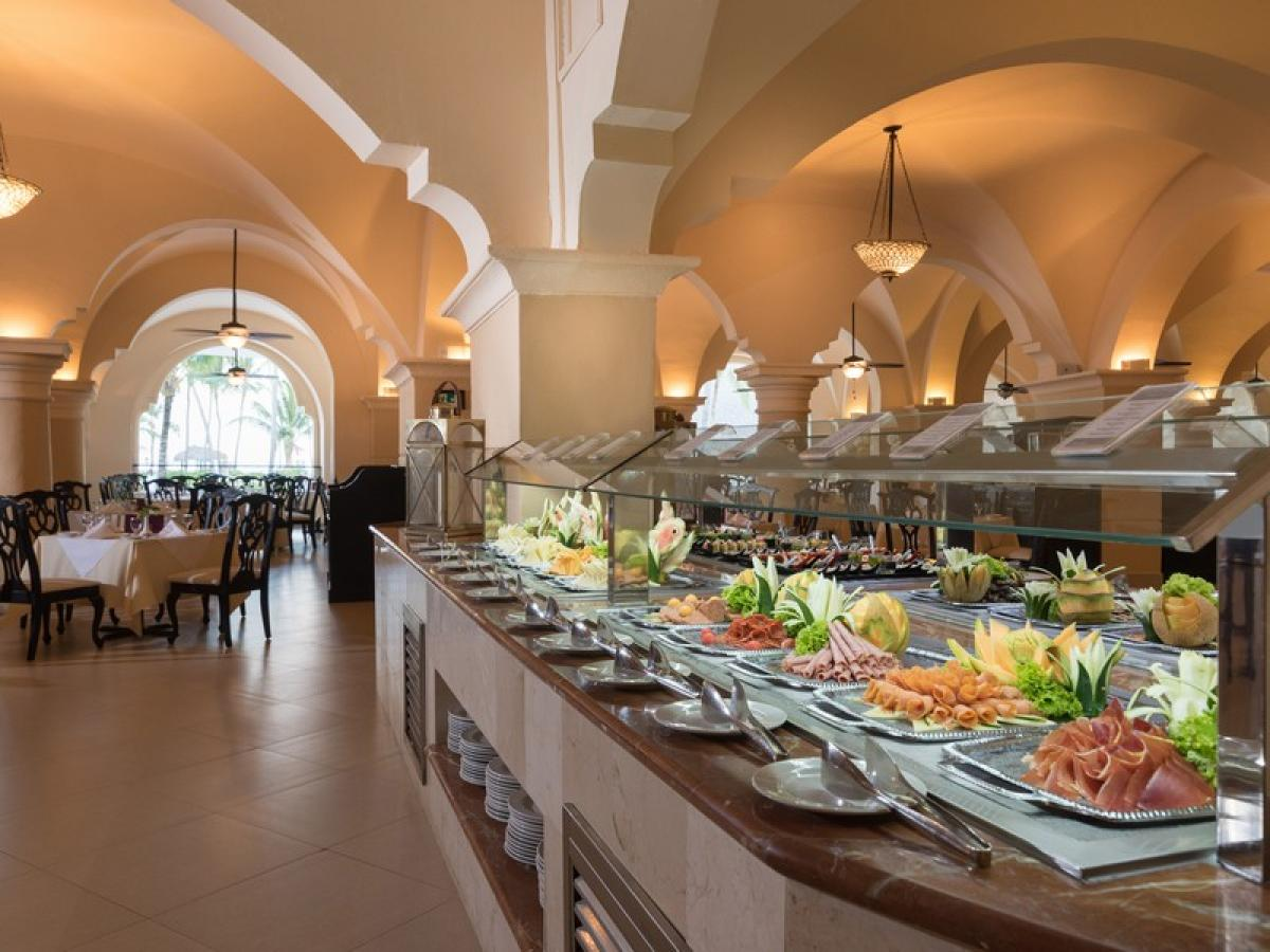 Occidental Caribe - Alcazar Buffet
