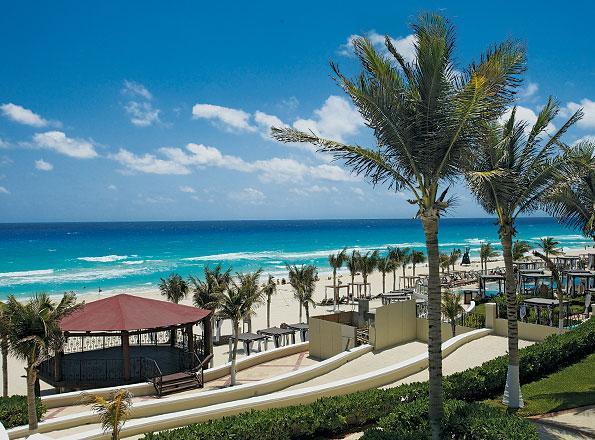 Gran Caribe Real Cancun Mexico - Beach