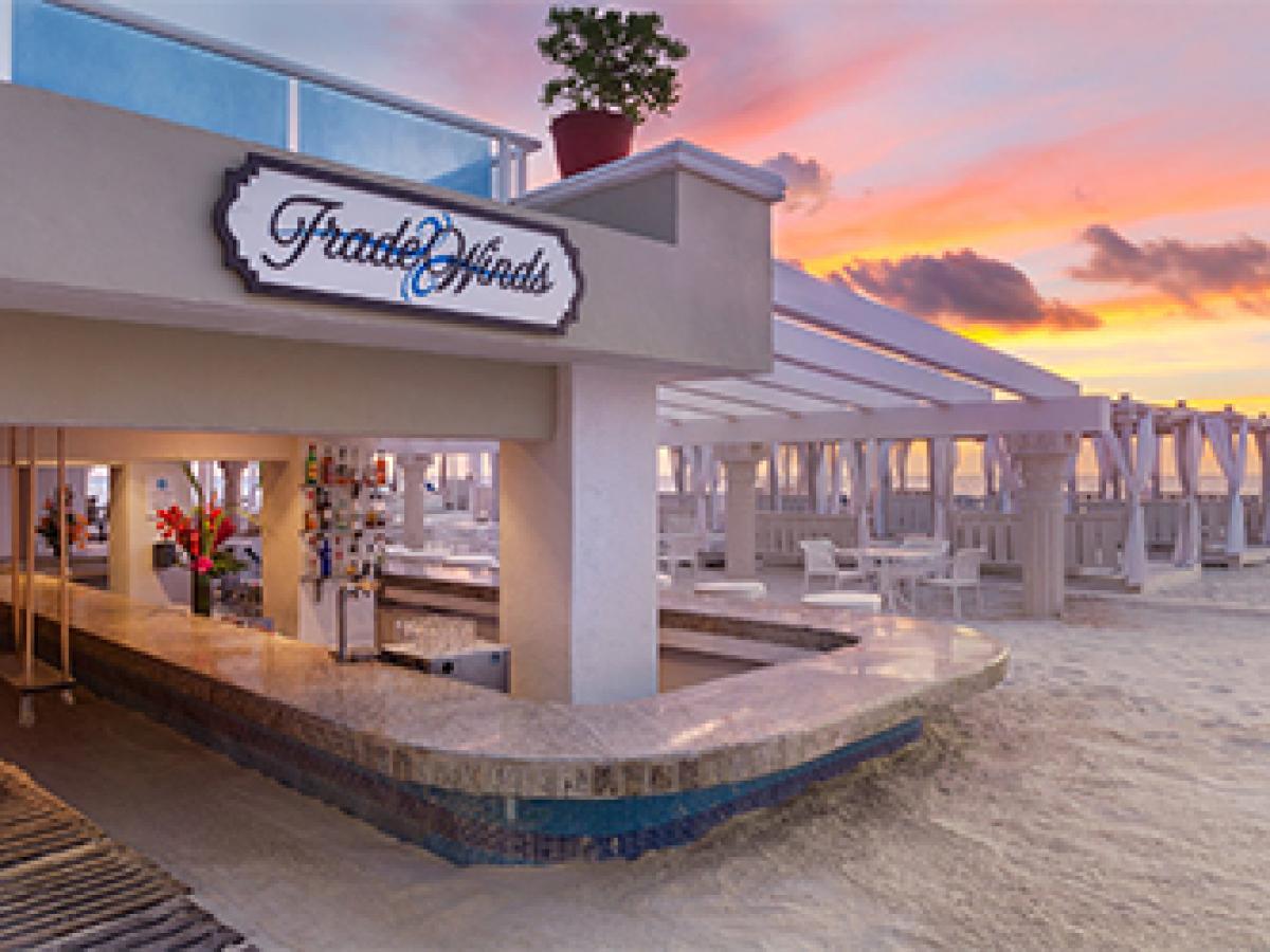 Gran Caribe Resort Cancun - Trade Winds