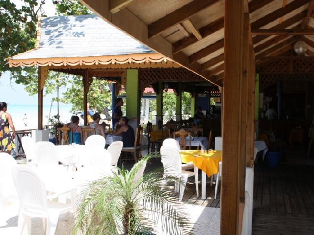 Merrils III - Restaurant