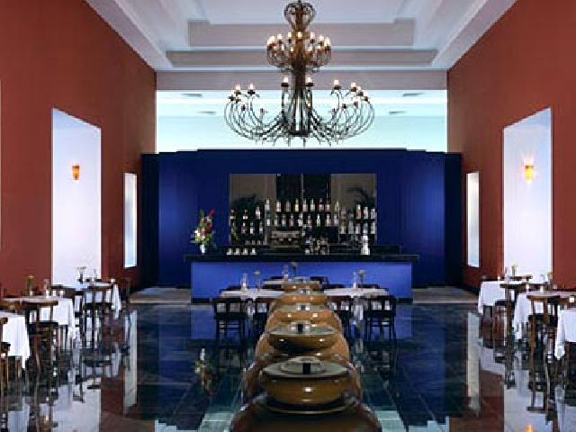 Oasis Cancun Lite - Scirocco Sports Bar