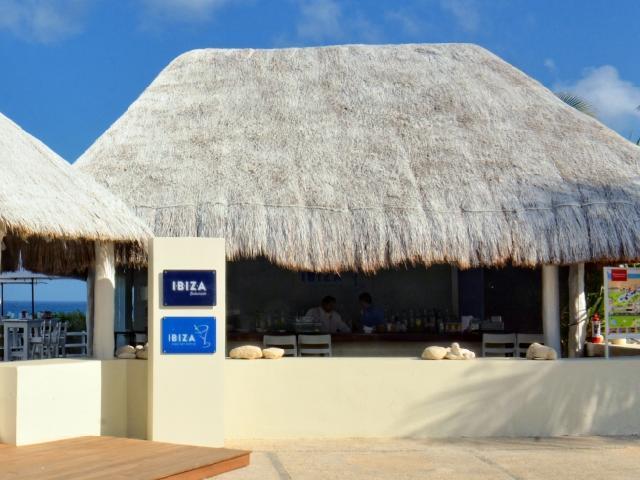 Oasis Cancun Lite - Ibiza Bar