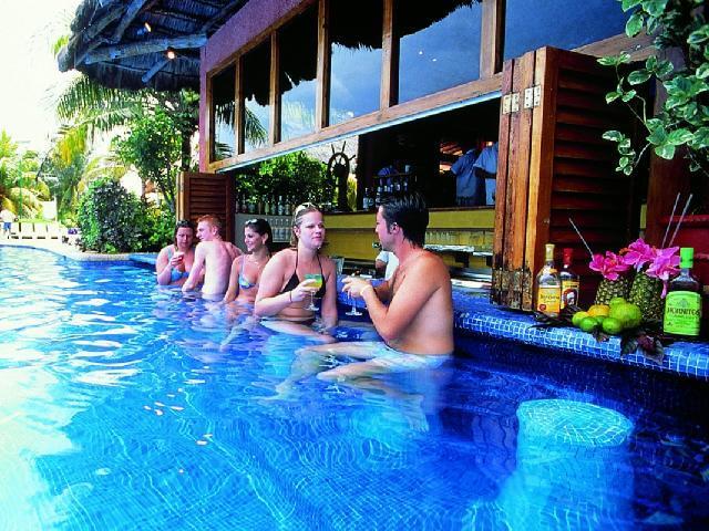 Oasis Cancun Lite - Swim Up Bar Ibiza