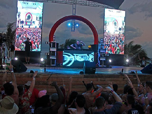 Oasis Cancun Lite - Blasterjaxx Spring Break 2017