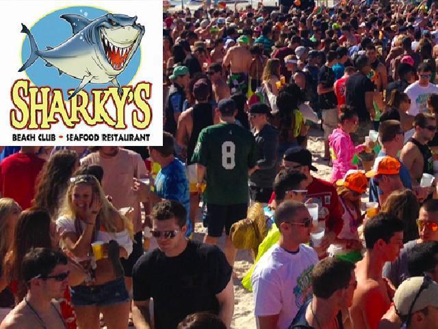 Panama City, USA - Sharky's Beach Front Restaurant & Tiki Bar