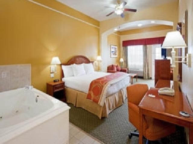 La Quinta Inn & Suites - STS Travel