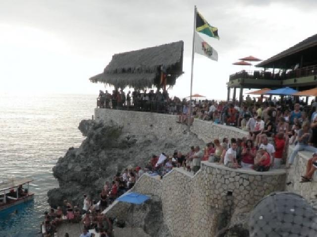 Rick's Cafe Cliff Jumping - Negril, Jamaica